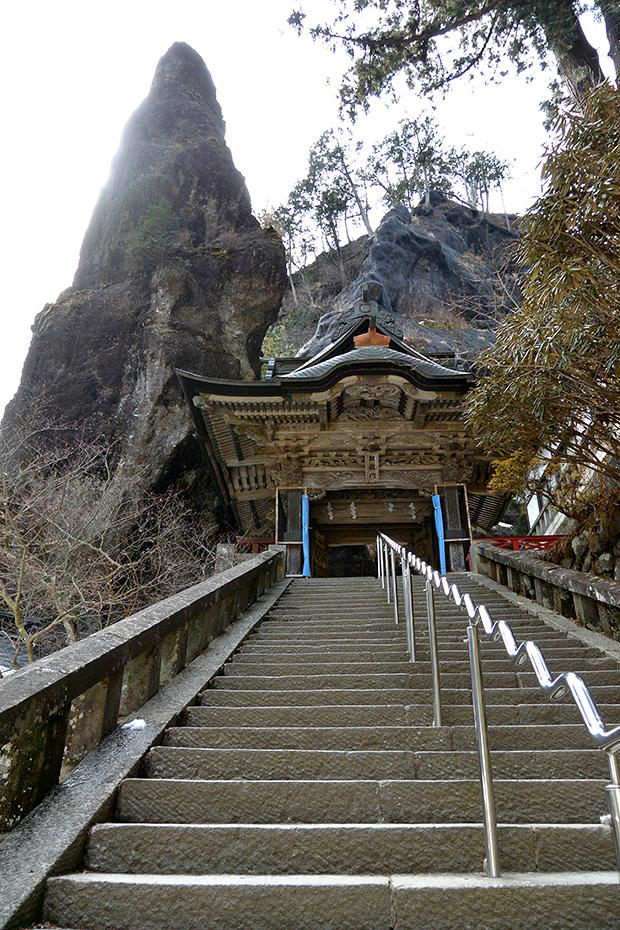 榛名神社・双龍門