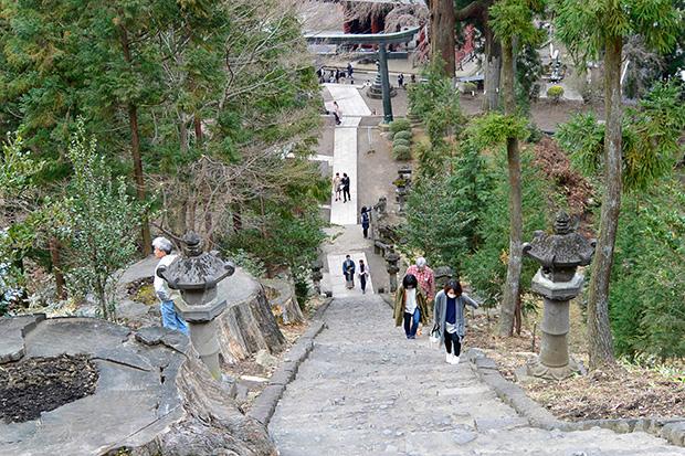 妙義神社の165段の階段