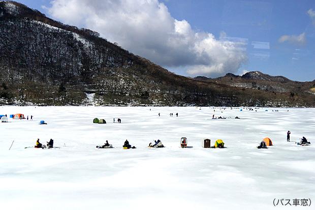 赤城大沼湖のワカサギ釣り